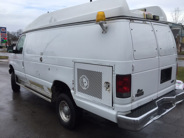 2004 Ford E350 EXT Cargo QUIGLEY 4X4 - Canfield, OH