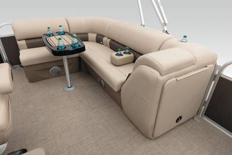 2020 SUNTRACKER PARTY BARGE