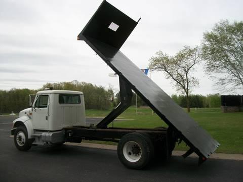 1998 International 4900 for sale in Zimmerman, MN