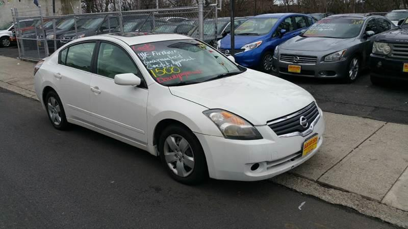 2007 Nissan Altima 2.5 S 4dr Sedan (2.5L I4 CVT)   Garfield NJ