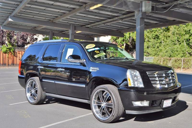 2009 cadillac escalade esv platinum -newcomer first look truck trend.