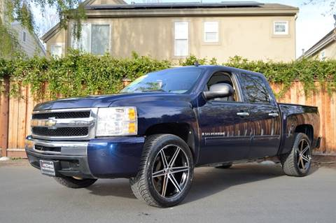 2009 Chevrolet Silverado 1500 for sale at Cali Motor Group in Gilroy CA
