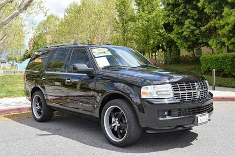 2007 Lincoln Navigator for sale at Cali Motor Group in Gilroy CA