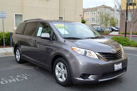 2011 Toyota Sienna for sale at Cali Motor Group in Gilroy CA