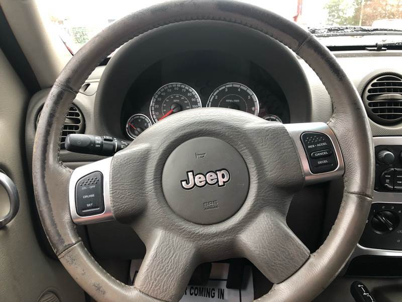 2005 Jeep Liberty Limited 4WD 4dr SUV w/ 28F - Virginia Beach VA