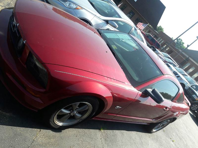 2006 Ford Mustang GT Deluxe 2dr Coupe - Virginia Beach VA