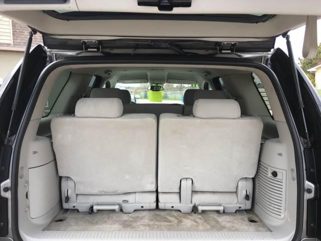 2007 GMC Yukon SLE 4dr SUV 4WD w/3SA - Sturgeon Bay WI