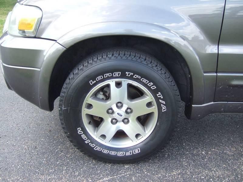 2005 Ford Escape AWD Limited 4dr SUV - Schoolcraft MI