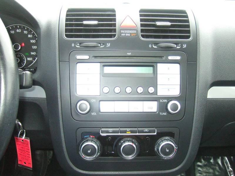 2010 Volkswagen Jetta SEL 4dr Sedan 6A - Schoolcraft MI