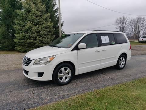 2011 Volkswagen Routan for sale in Schoolcraft, MI