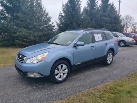 2010 Subaru Outback 2.5i Premium for sale at Carmart Auto Sales Inc in Schoolcraft MI
