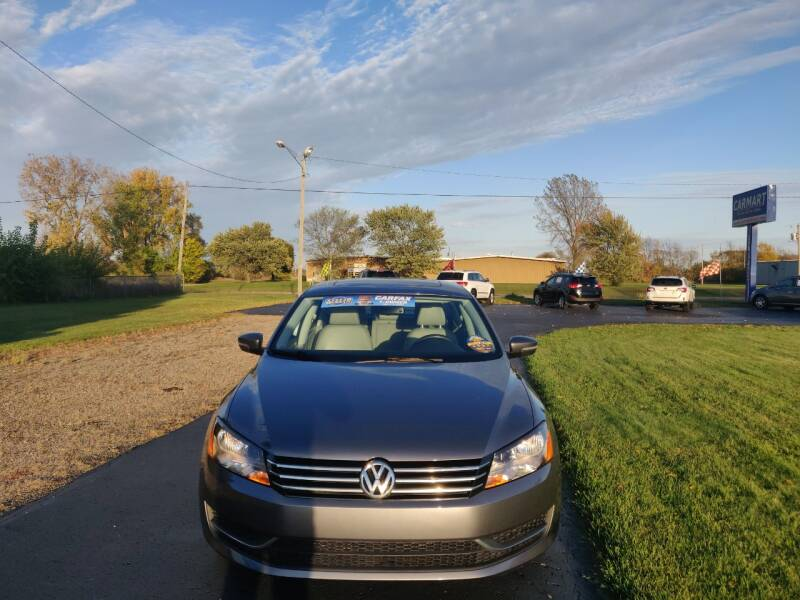 2013 Volkswagen Passat SE PZEV 4dr Sedan 6A w/ Sunroof and Navigation - Schoolcraft MI