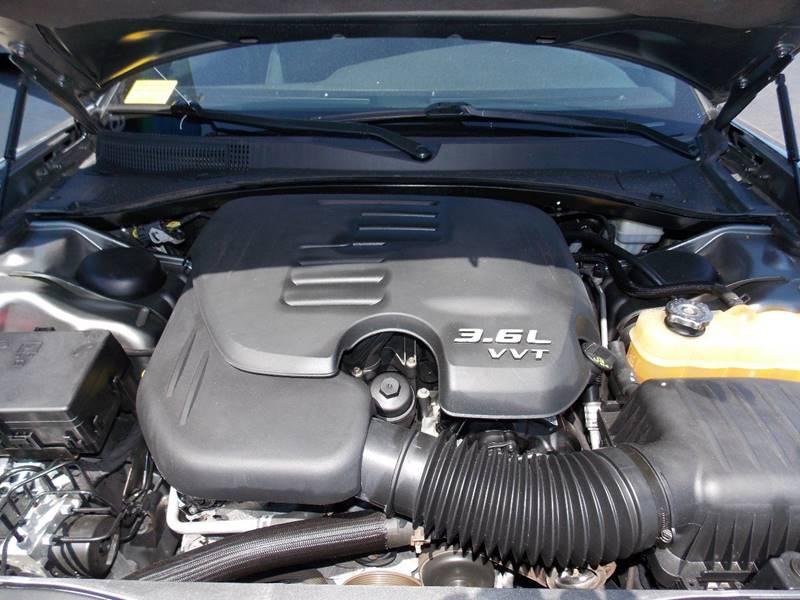2011 Dodge Charger SE 4dr Sedan - Kenosha WI