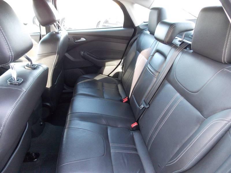 2012 Ford Focus SEL 4dr Sedan - Kenosha WI