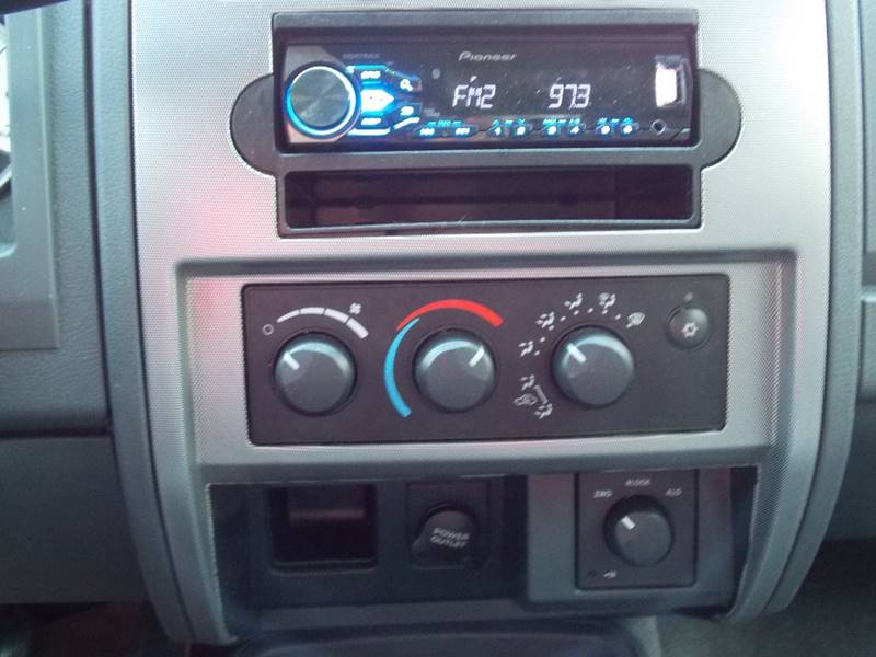 2006 Dodge Dakota SLT 4dr Quad Cab 4WD SB - Kenosha WI