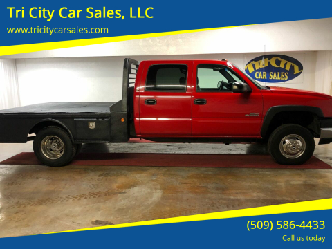 2004 Chevrolet Silverado 3500 for sale at Tri City Car Sales, LLC in Kennewick WA
