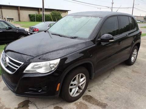 2011 Volkswagen Tiguan for sale in Dallas, TX