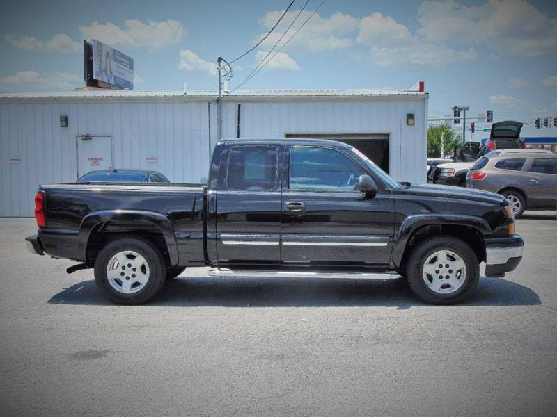 2006 Chevrolet Silverado 1500 for sale at X-Treme Powersports in Webb City MO