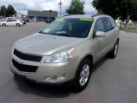 2011 Chevrolet Traverse for sale at Ideal Auto Sales, Inc. in Waukesha WI