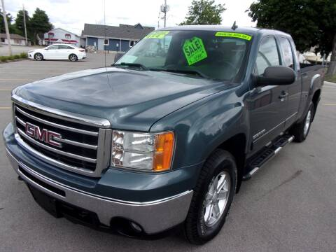 2013 GMC Sierra 1500 for sale at Ideal Auto Sales, Inc. in Waukesha WI