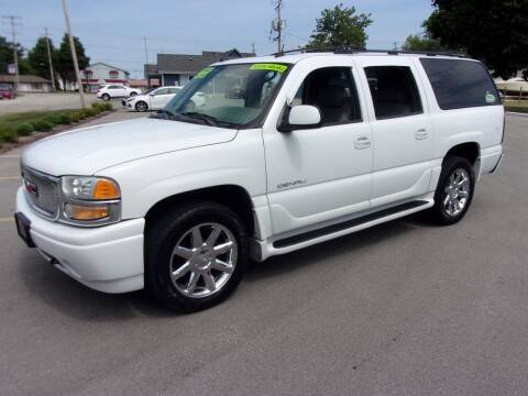 2004 GMC Yukon XL for sale at Ideal Auto Sales, Inc. in Waukesha WI