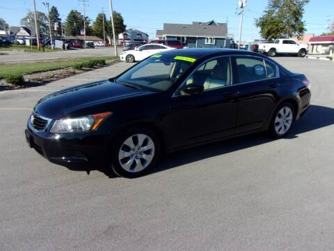 2009 Honda Accord for sale at Ideal Auto Sales, Inc. in Waukesha WI