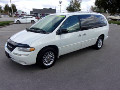 chrysler town and country for sale in waukesha wi ideal auto sales inc waukesha wi ideal auto sales