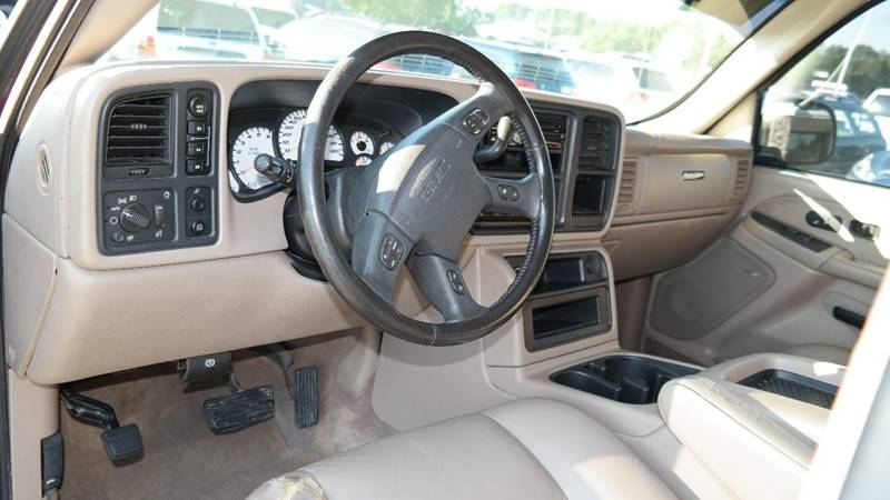 2003 GMC Sierra 1500HD for sale at Hekhuis Motorsports in Rockford MI