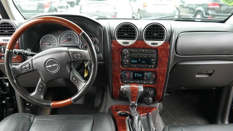 2006 GMC Envoy for sale at Hekhuis Motorsports in Rockford MI