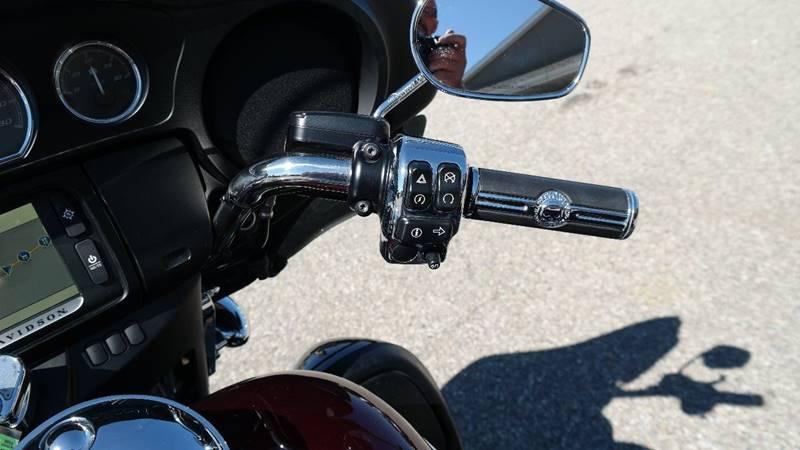 2015 Harley-Davidson FLHTCU for sale at Hekhuis Motorsports in Rockford MI