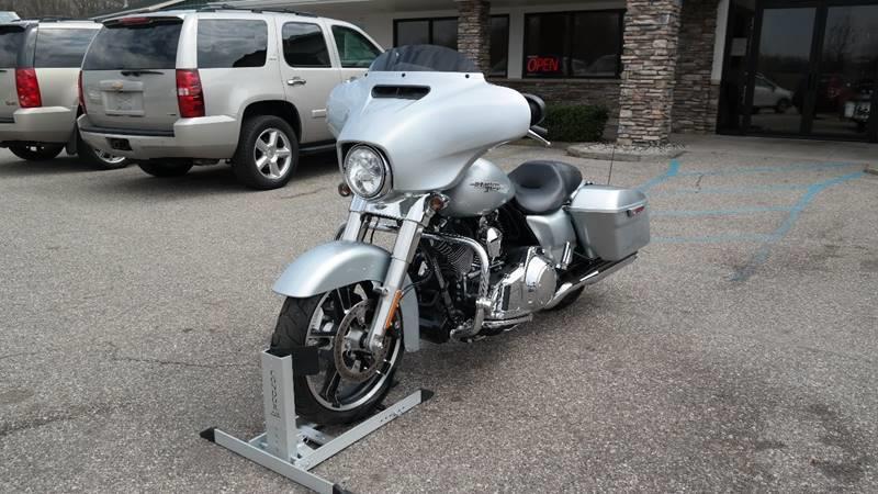 2014 Harley-Davidson Street Glide for sale at Hekhuis Motorsports in Rockford MI