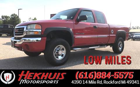2004 GMC Sierra 2500HD for sale in Rockford, MI