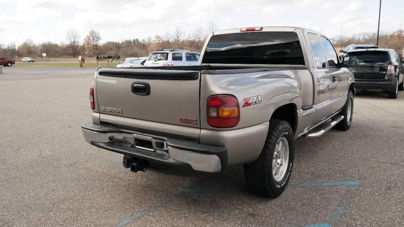 2002 GMC Sierra 1500 for sale at Hekhuis Motorsports in Rockford MI