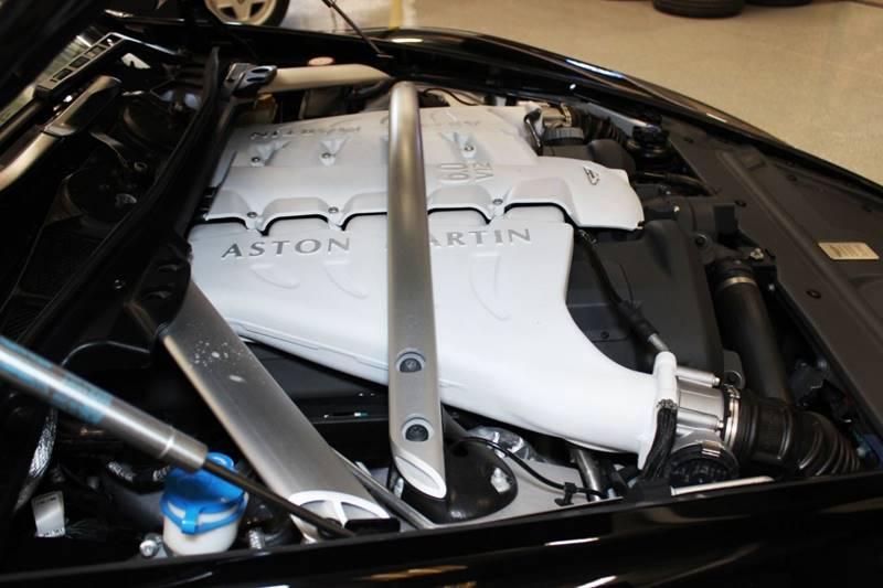2012 Aston Martin DBS 13