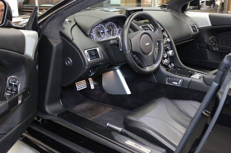 2012 Aston Martin DBS 18