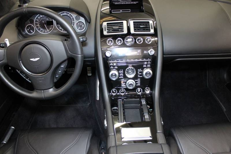 2012 Aston Martin DBS 23