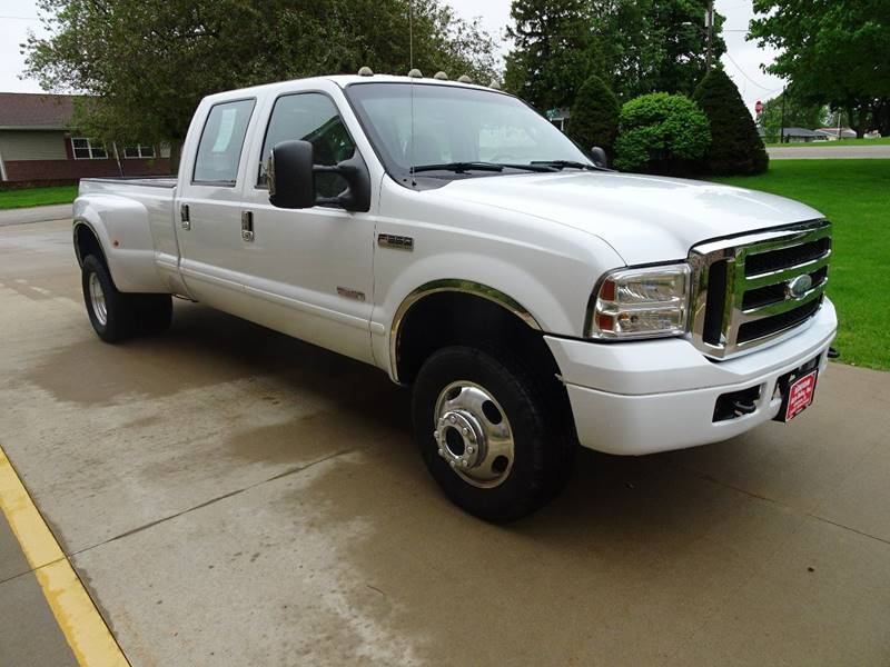 2006 Ford F-350 Super Duty XLT 4dr Crew Cab 4WD LB DRW - Clarence IA
