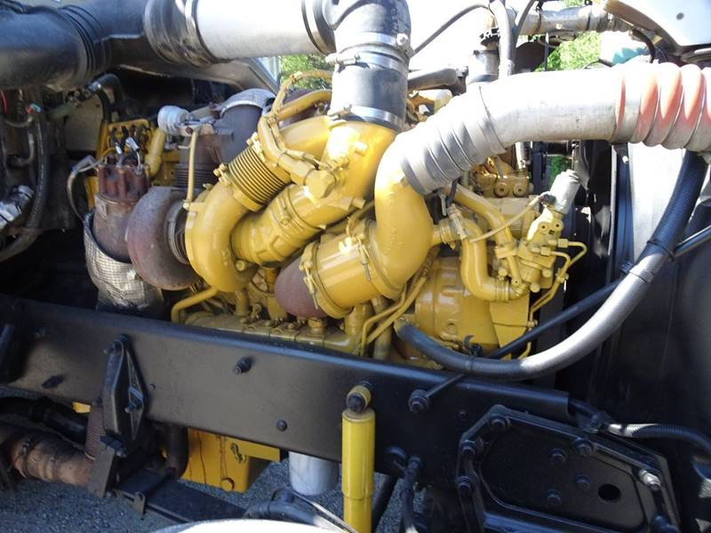 2008 Peterbilt 389 C-15 - Clarence IA