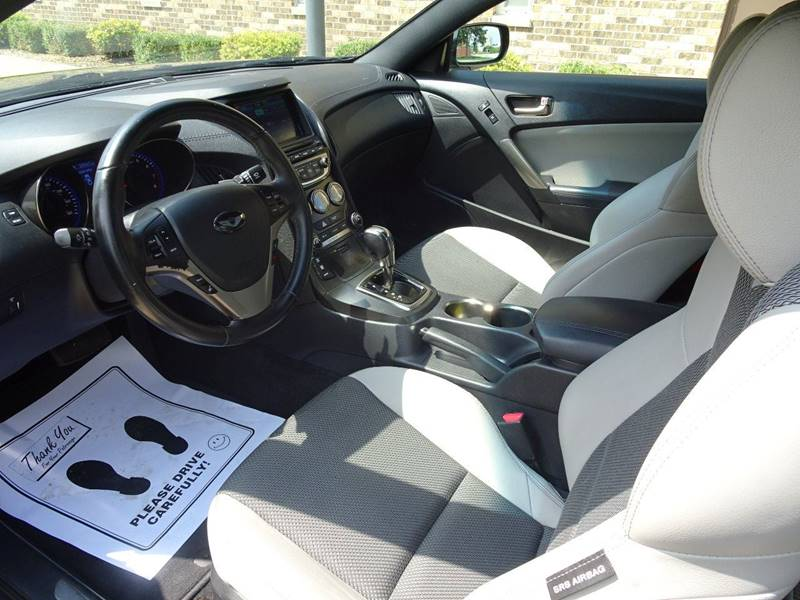 2013 Hyundai Genesis Coupe 2.0T Premium 2dr Coupe - Clarence IA