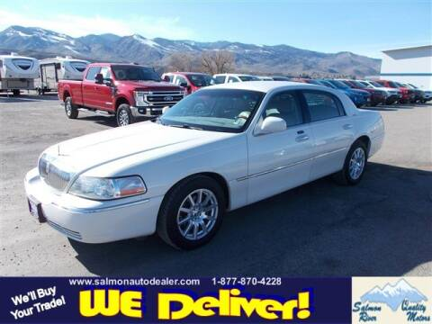 2004 Lincoln Town Car for sale at QUALITY MOTORS in Salmon ID