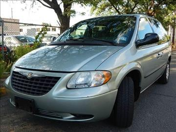 2004 Chrysler Town and Country for sale in Hasbrouck Heights, NJ