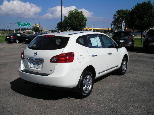 2014 Nissan Rogue Select AWD S 4dr Crossover - Oshkosh WI