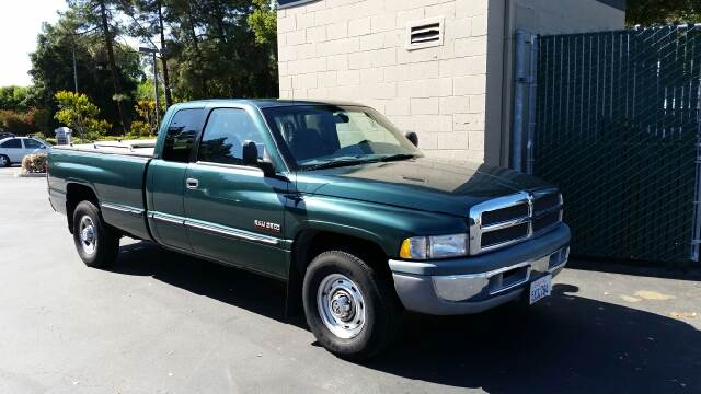 1999 Dodge Ram Pickup 2500 for sale at MARTZ MOTORS in Pleasant Hill CA