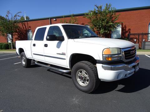 2004 GMC Sierra 2500HD for sale at Bratton Automotive INC in Phenix City AL
