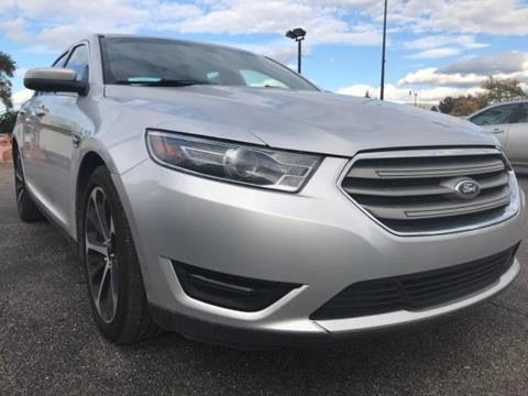 2015 Ford Taurus for sale in Taylor, MI
