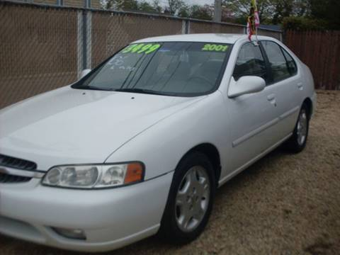 2001 Nissan Altima for sale at Flag Motors in Islip Terrace NY