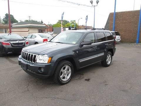 2007 Jeep Grand Cherokee for sale in Center Line, MI