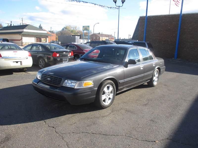 Ford Crown Victoria LX Dr Sedan In Center Line MI A To Z - 2004 crown victoria