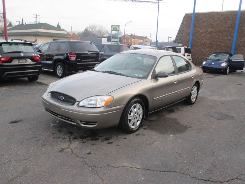 2005 Ford Taurus car for sale in Detroit