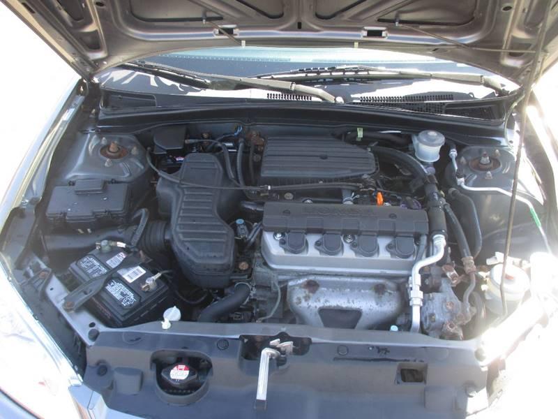 2005 Honda Civic LX 4dr Sedan w/Front Side Airbags - Center Line MI